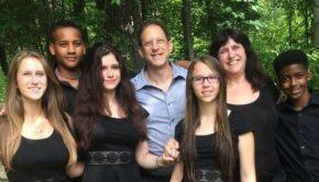 Author Susan Silverman and family picturetur