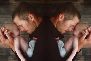 twins-italy-surrogacy